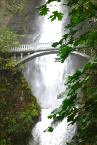 Multnomah Falls bridge, again.